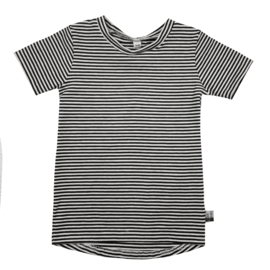 Thin stripe shirt