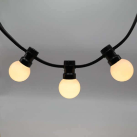 Prikkabel 15 meter compleet met 15 led lampen