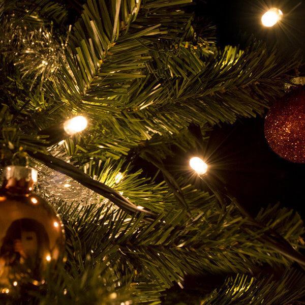 Kerstverlichting koppelbaar voor buiten warm wit - 100 led lampjes