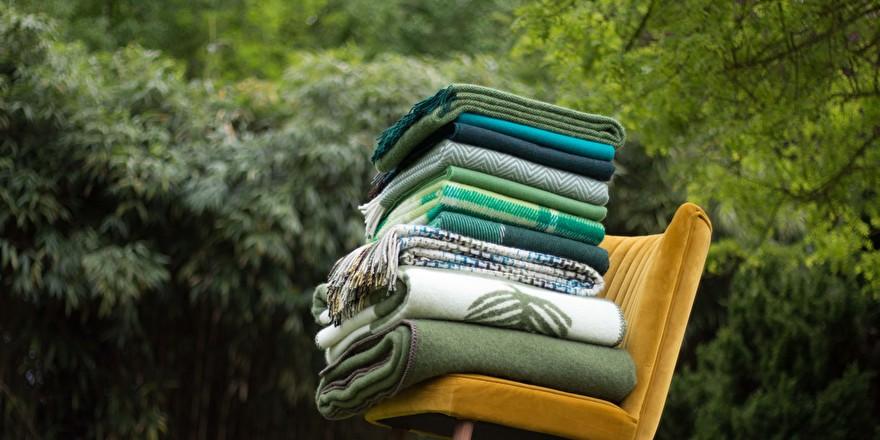 Groene dekens en plaids