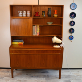 mcintosh highboard