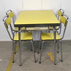 citroengele formica tafel