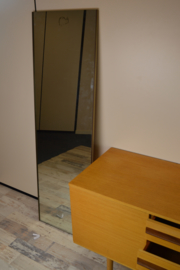 klein dressoir/kaptafel