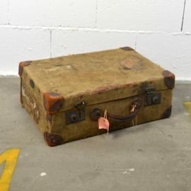 koffertje met linnen bekleed