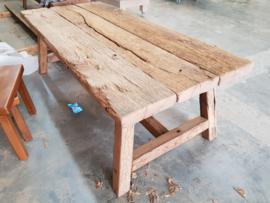 Salontafel eiken wagonplanken landelijk met houten onderstel