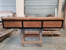 TV meubel eiken wagonplanken met stalen onderstel en 3 kleppen
