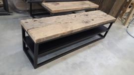 TV meubel eiken wagonplanken stalen schap met stalen onderstel