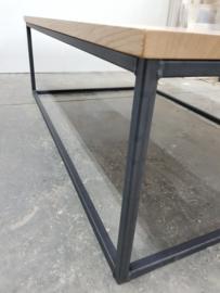 Salontafel 120x80 eiken massief geschaafd met zwart stalen frame slank model