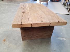 salontafel eiken wagonplanken met houten onderstel