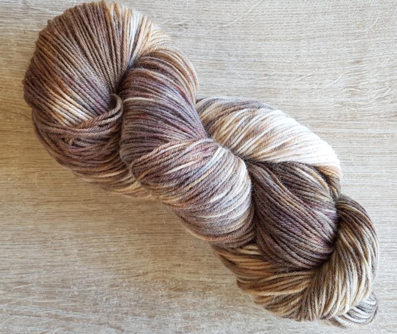 Handgeverfde sokkenwol 4 draads: Ebrowi