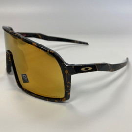 Oakley Sutro - Black / splash gold.