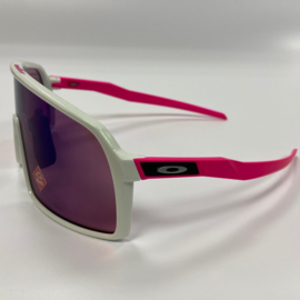Oakley Sutro - Glow in the dark