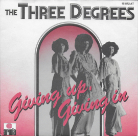 Three Degrees - Giving up, giving in
