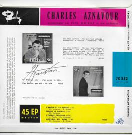 Charles Aznavour - L'amour et la guerre