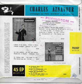 Charles Aznavour - Je m'voyais déja