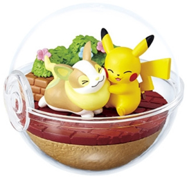 Pokémon Terrarium Ex Galar Pikachu & Yamper