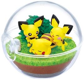 Pokémon Terrarium collectie 9 Pikachu & Pichu & Pichu