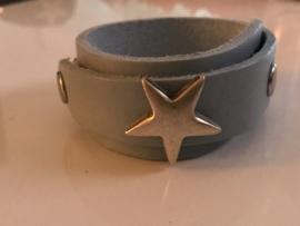 Ster armband overlap licht blauw