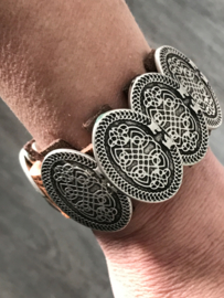 Cognac  Leren armband met 5 ovalen studs