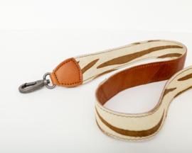 Bag2Bag Verwisselbare schouderband Zebra Cognac 110cm