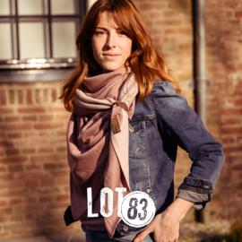 Lot83 driehoek sjaal Fien Twin met stoer leren bandje, Oudroze/Roze