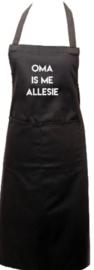 SCHORT - OMA IS ME ALLESIE