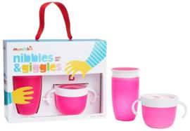 Munchkin Nibbles & Giggles Gift Set Pink