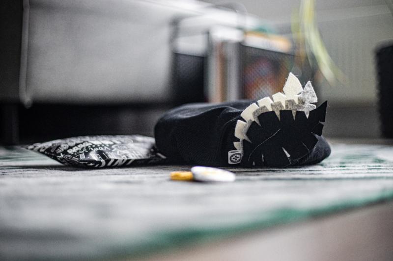 PIETENMUTS - rib zwart