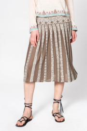 IVKO Woman - Skirt with Pleats Tabac