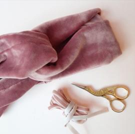Blush pink velvet haarband Lisa- volwassene