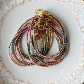 Armband Miyuki roze blauw goud