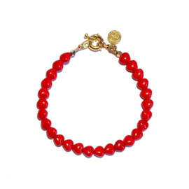 Armband kralen hartjes rood