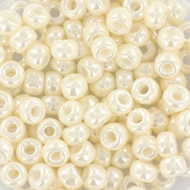 Miyuki Rocailles 6/0 Ceylon antique ivory pearl