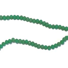 Streng glaskralen facet Mat groen