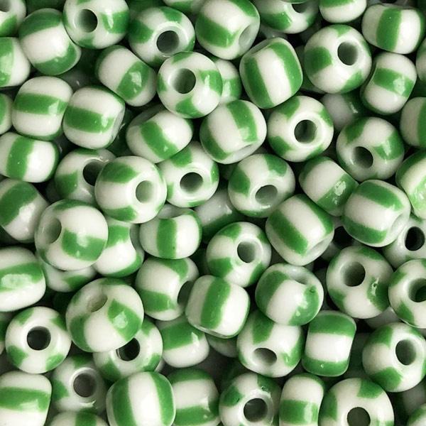 Rocailles Groen wit gestreept 5mm