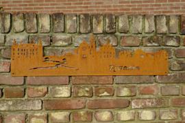 Skyline Swalmen Hanger  799 x 231mm