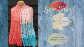 Lace shawl van Doris van der Waals