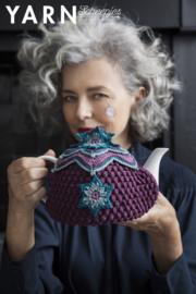 Blooming Tea Cosy uit het Boek Yarn nr. 8 Tearoom