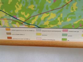 Oude schoolplaat.  Industriegebied Noord-Brabant.