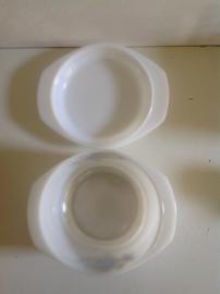 Arcopal. Ronde schaal met deksel. 23 cm