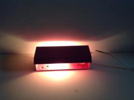 Bed- leeslampje. Egaal roze.