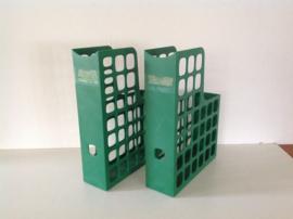 Tijdschriftenbak. Plastic. Groen.