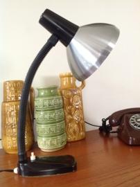 Bureau-/tafellamp. HALA Zeist