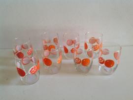 Glazen. 70-er jaren. Sinaasappels.