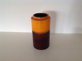 West-Germany. Oranje / bruine. 203-18.