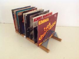 Opbergrek voor vinyl singles.