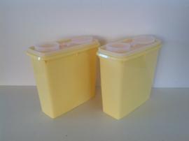 Set van 2 Tupperware voorraadbakken.