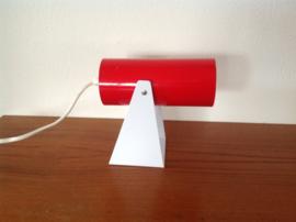 Wandlamp. Design. Rood en wit.