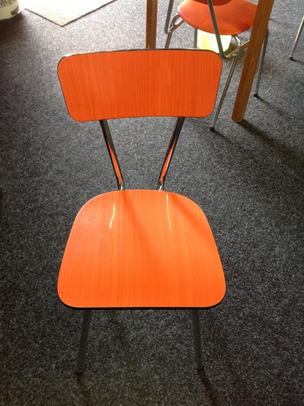 Formica stoel. Brabantia. Oranje.