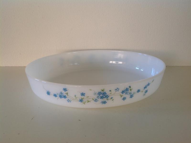 Arcopal. Grote ovale platte schaal.